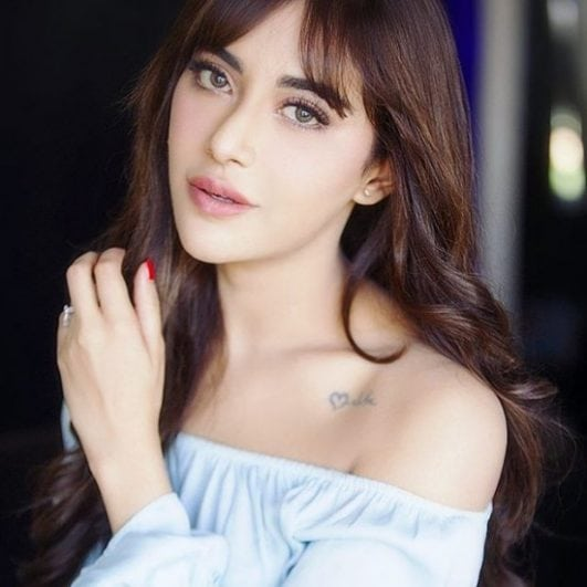 Angela krislinzki sweet irritable look