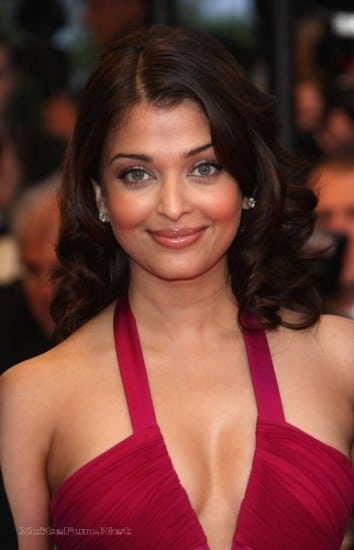 Aishwarya Rai 30 Best Hot & Sexy Latest Photos | Ultra HD Wallpapers