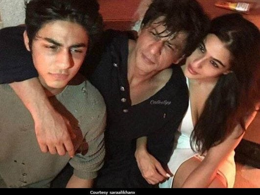 Inside Karan Johar's Party Shah Rukh Khan, Son Aryan Hung Out With Sara Ali Khan. See Pics