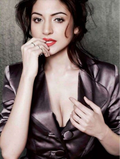 anushka-sharma-maxim-asiabash-2