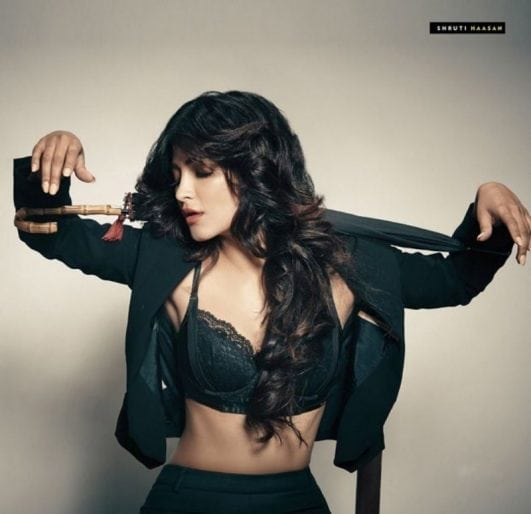 shruti haasan FHM India photoshoot pics hot (2)