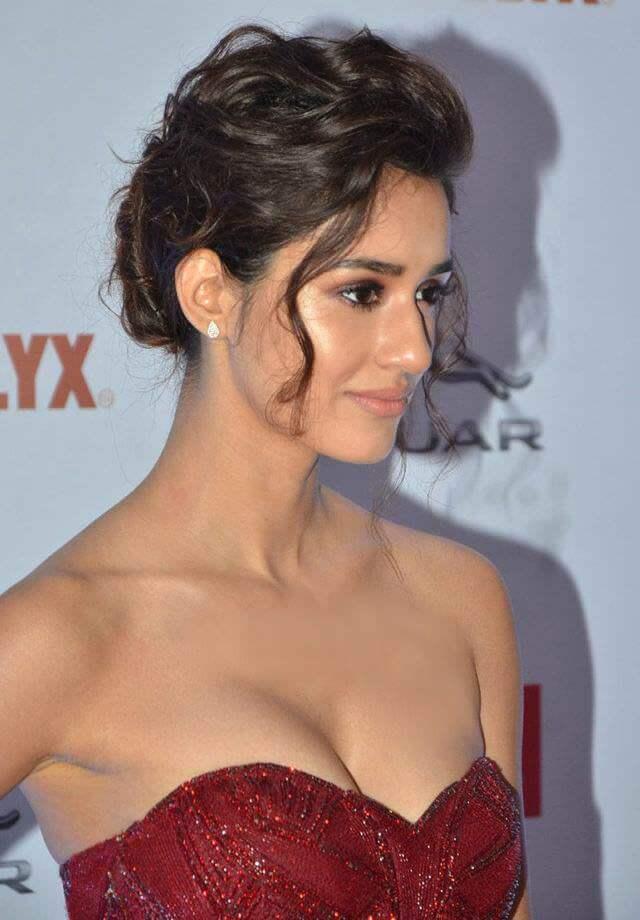 Disha Patani Latest Image From Filmfair Award