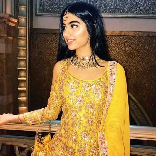 22 Hot Photos Jhanvi Kapoor, Sridevi's Daughter -The Next Diva Of Bollywood