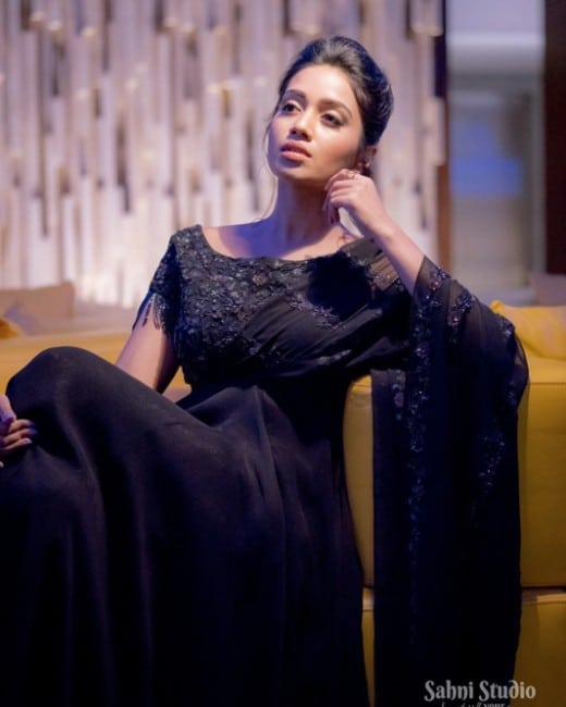Nivetha Pethuraj hot in black dress