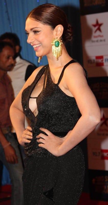 Aditi Rao Hydari hot (16)