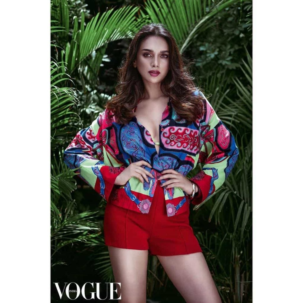 Aditi Rao Hydari hot in red in vouge photoshoot-min