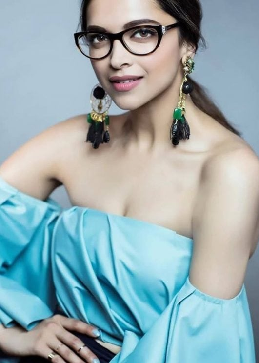 Deepika-Padukone-Hot-Photos-For-Vogue-Eyewear