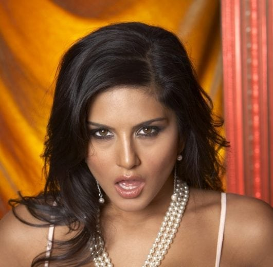 Sunny Leone Seductive photos (2)
