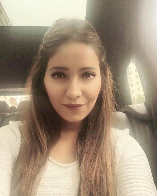 Asha Negi selfie