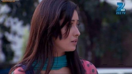 Asha Negi still from het tv show