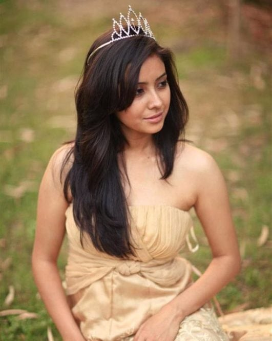 Asha Negi super sexy look for photoshoot