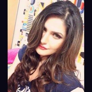 Zarine Khan super hot look new