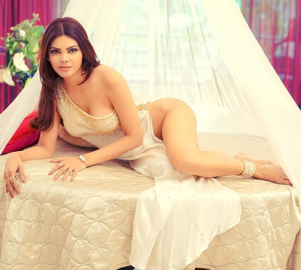 Sherlyn Chopra hot instagram photos