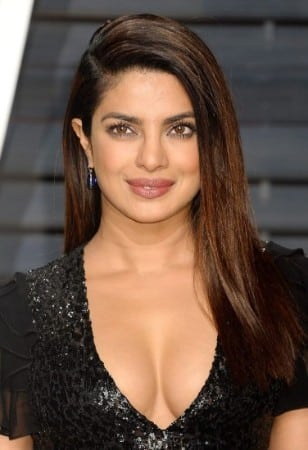 Priyanka Chopra cleavage show at award