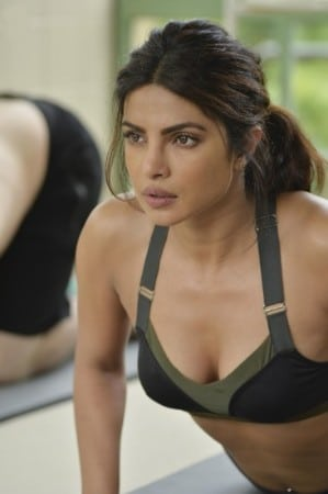 Priyanka Chopra cleavage show quantico