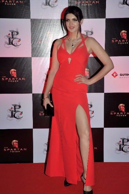 ihana dhillon hot hate story 4 actress (2)