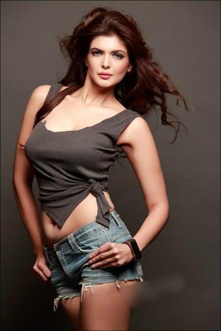 ihana dhillon hot photo hate story 4 actress