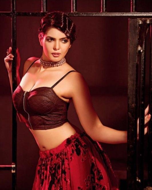 Hate Story 4 Actress Ihana Dhillon 21 Hot & Sexy Photos Latest Wallpaper Wiki-Biography