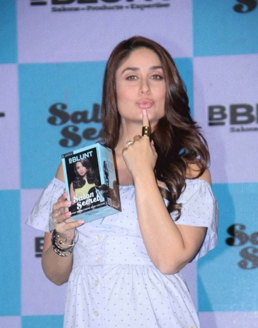Pregnant-Kareena-Kapoor-Looks-Gorgeous-At-The-launch-Of-New-Range-Of-Hair-Color-By-BBlunt