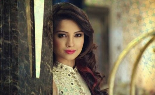 Top 16 Beautiful, Charming, Hot, Spicy & Sexy Indian T.V Serial Actresses