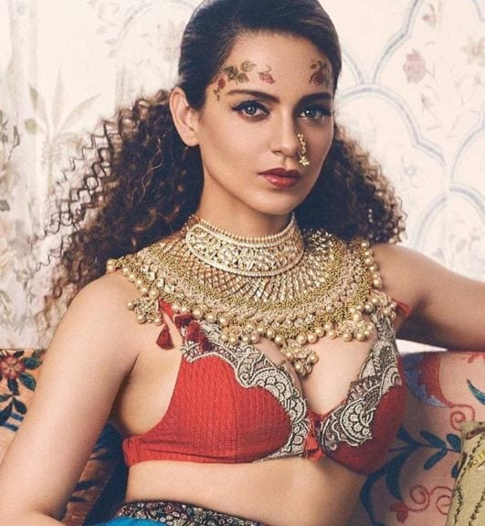 Kangana Ranaut hot and sexy boobs