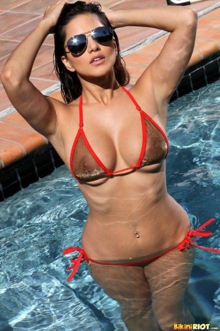 Sunny leone Bikini 21 hot photos best