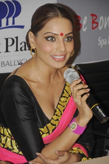 bipasha basu, bipasha basu bikini, bipasha basu boobs, bipasha basu hot, bipasha basu hot photos, bipasha basu sexy, bipasha basu photos