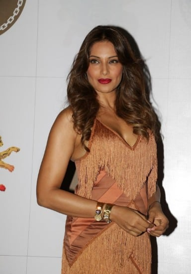 bipasha basu, bipasha basu bikini, bipasha basu boobs, bipasha basu hot, bipasha basu hot photos, bipasha basu sexy, bipasha basu photos (2)