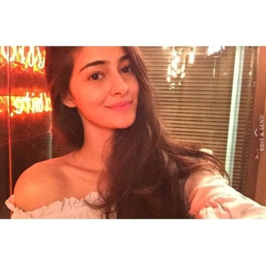 Chunky Pandey Daughter Ananya Pandey Hot Photos (4)