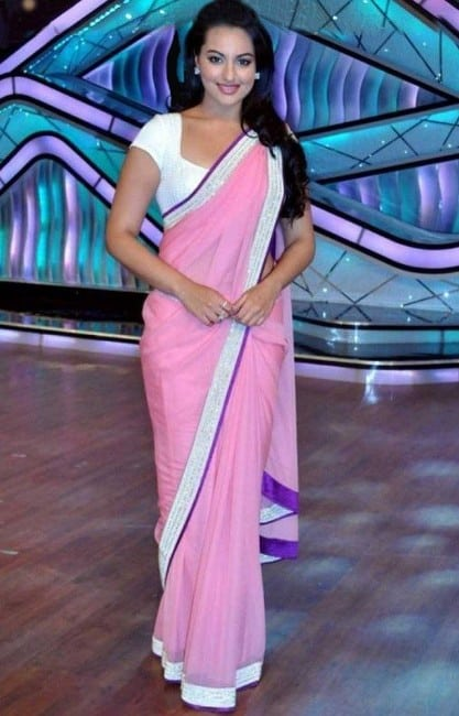 Sonakshi Sinha hot and beautiful in pink saree