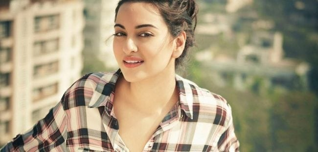 Sonakshi Sinha hot pic latest