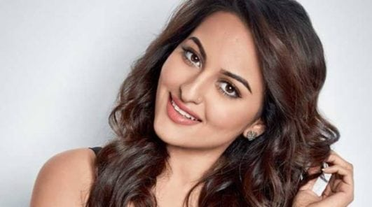 beautiful Sonakshi Sinha hot and sexy look