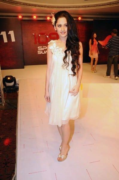 Ishq Ka Rang Safed actress Sanjeeda Sheikh sexy in white dress