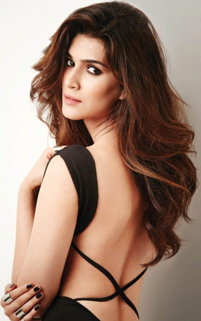 Kriti Sanon hot in backless dress