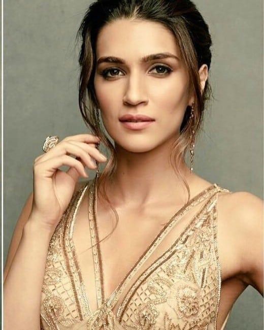 Kriti Sanon hot instagram post