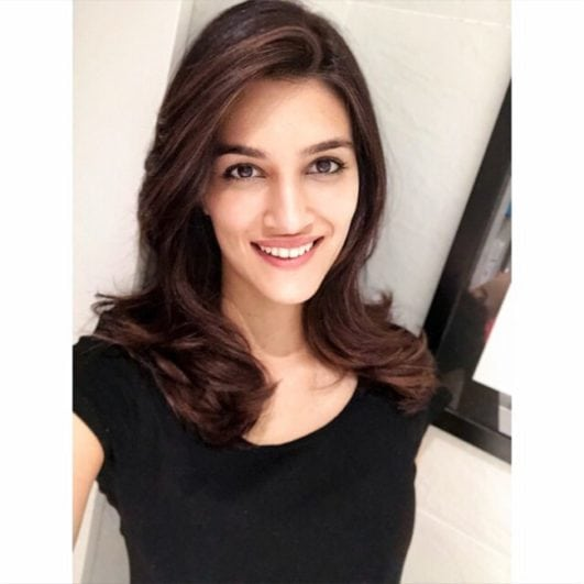 Kriti Sanon sexy beautiful smile