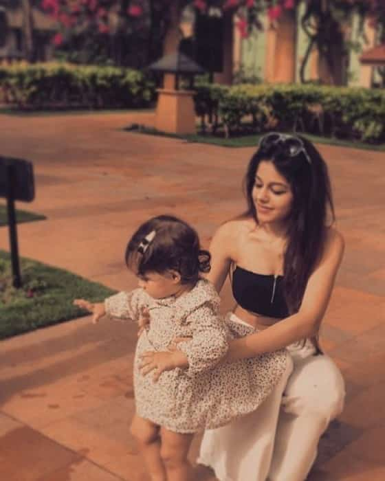 Pooja Bedi Daughter 32 Best Aalia Ebrahim Hot Photos Sexy Bikini Pics