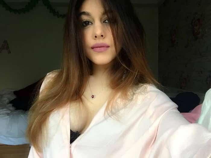 aalia ebrahim bold hot pic