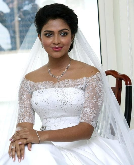 amala paul hot looking in white bride dress-min