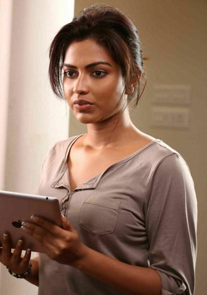 amala paul hot still from her latest movie-minamala paul hot still from her latest movie-min