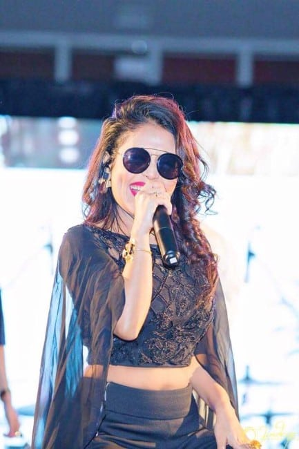 neha kakkar hot still from her song