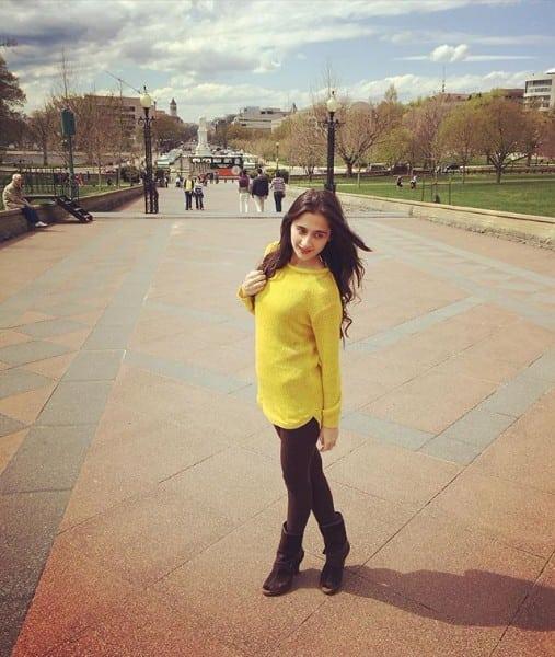 sanjeeda sheikh instagram pictures