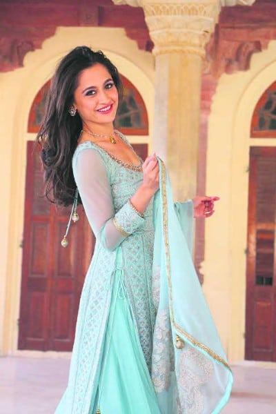 sanjeeda sheikh sexy looking in blue sute