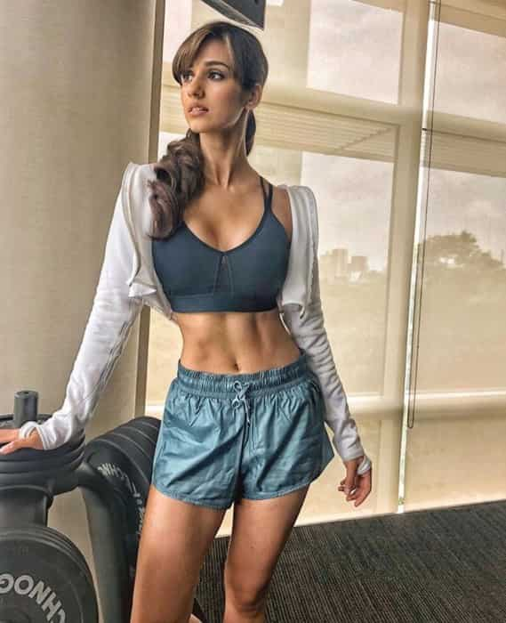 Disha Patani Hot sexy cleavages show in sports bra