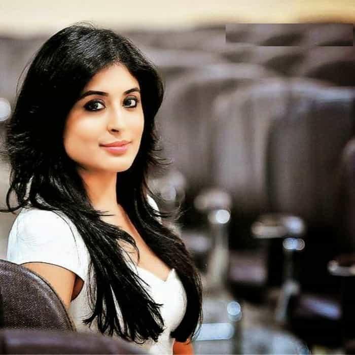 Prem Ya Paheli – Chandrakanta actress kritika kamra hot instagram photo