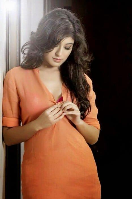 Prem Ya Paheli – Chandrakanta actress kritika kamra hot twitter pic