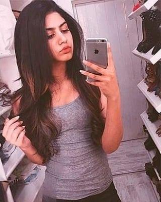 jhanvi kapoor sister Khushi Kapoor Hot Pics Rare Bikini Photos