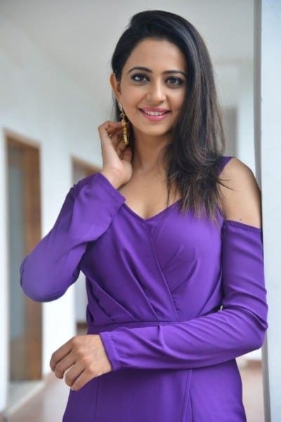 Actress Rakul Preet Singh Beautiful Pics