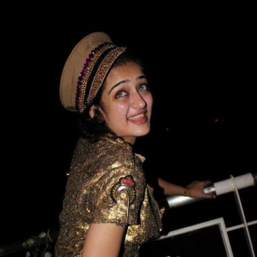 Akshara Haasan hot Pics