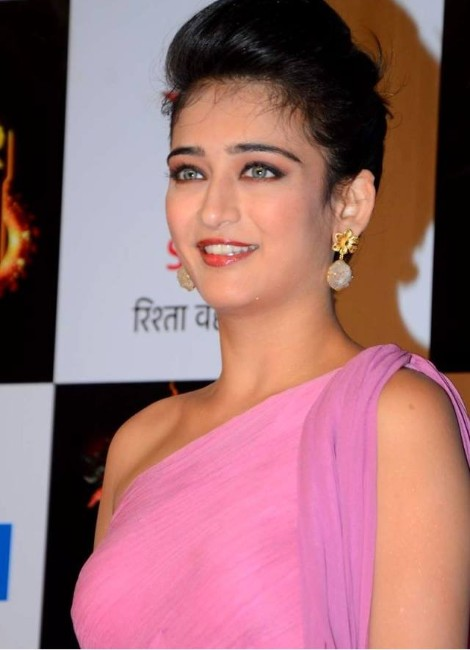 Akshara haasan-Hot hd Wallpapers